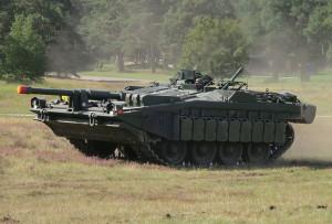 800px-Stridsvagn_103_Revinge_2013-1